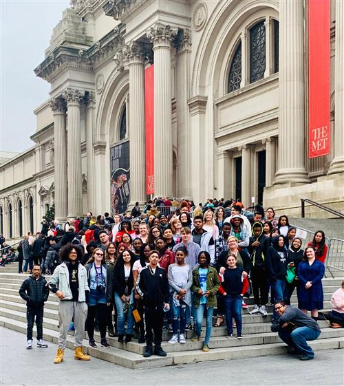 Art Students Visit the Metropolitan Museum of Art