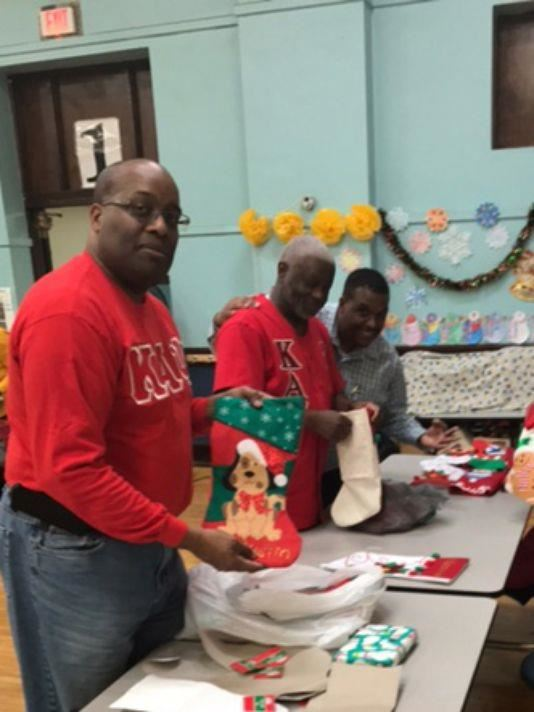 Beyond the Dream Foundation hosts holiday event for community